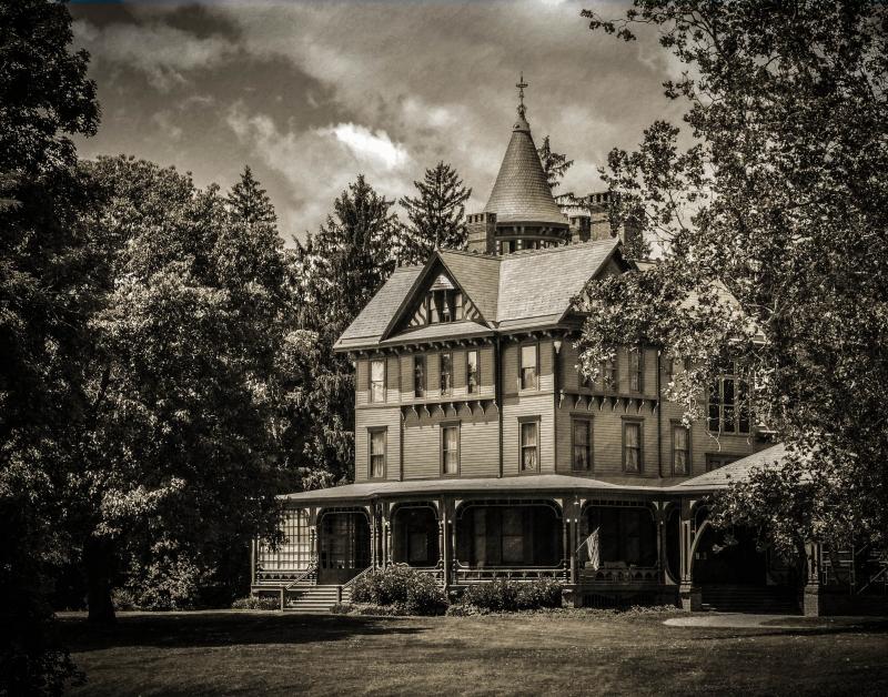wilderstein-mansion-vintage-2-512beef6e1f52c6ebc9c1797c97e4ba5652481be