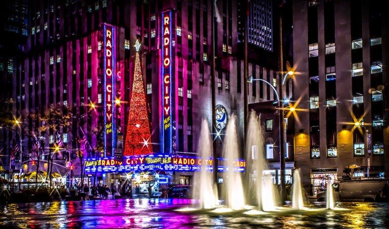 2016-01_DIGITAL_Luise-Gleason_City-Lights-768x453