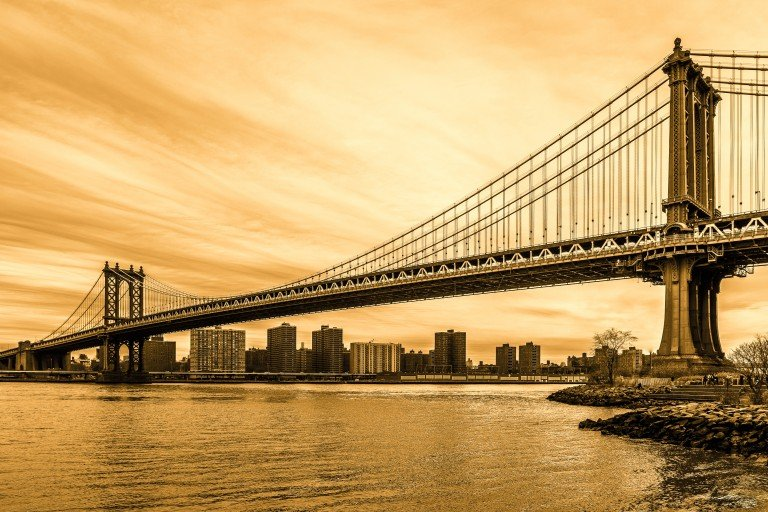 2016-02_PRINT_Charlie-Batchelder_Manhattan-Bridge-768x512