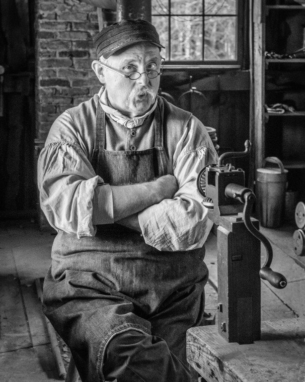 2016-03_PRINT_Charlie-Batchelder_The-Opinion-of-a-Tinsmith-614x768
