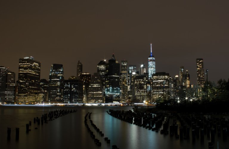 2016-09_DigitalB8_Jessica-Leffelman_Manhattan-Skyline-768x500