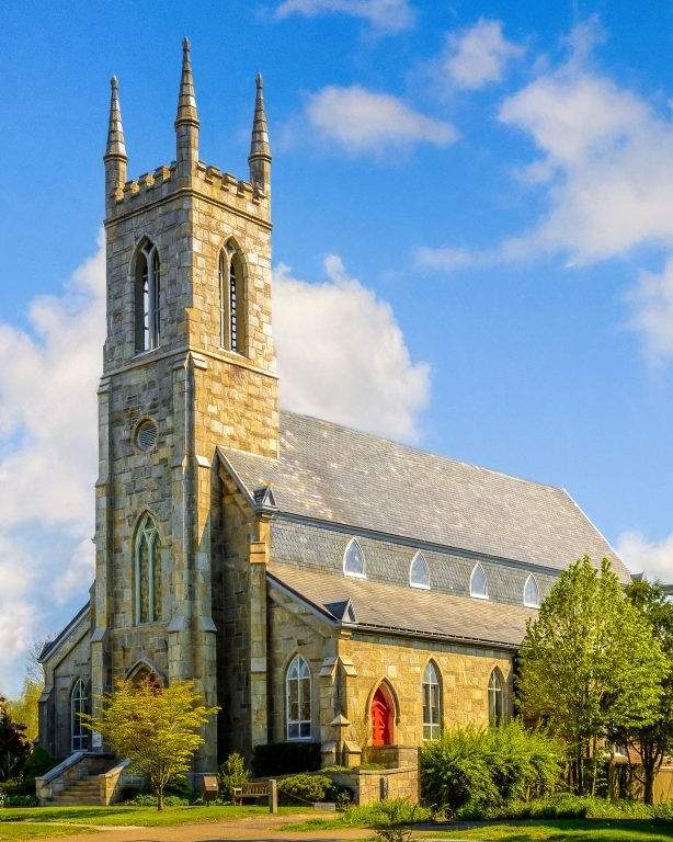 2016-06_PRINT_Charlie-Batchelder_Trinity-Church-Newtown-614x768