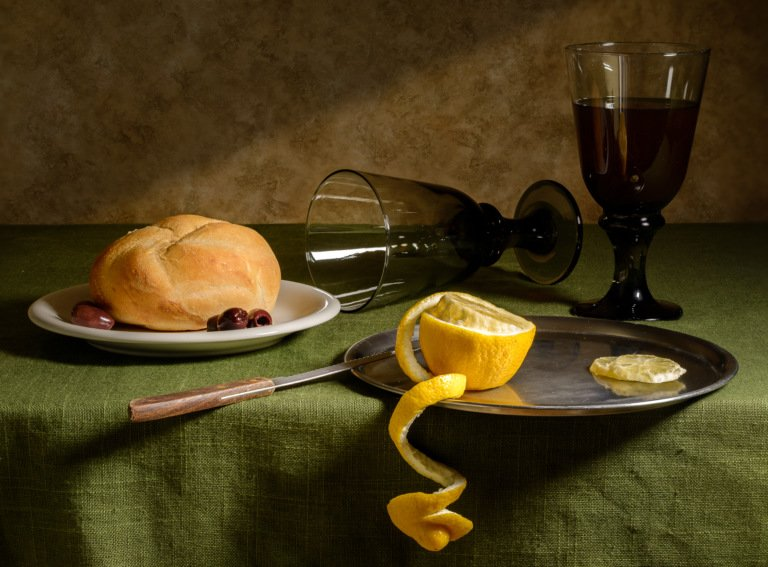 2017-04_Print_Charlie-Batchelder_A-Kaiser-Roll-Tea-and-Lemon-768x567