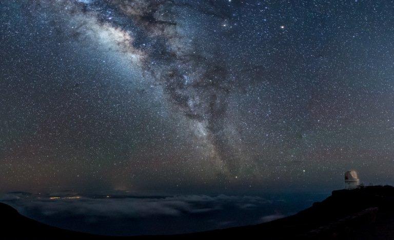 2017-06_Assigned3_Darrell-Harrington_A-million-stars-all-around-768x469