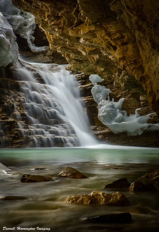 2017-06_Print_Darrell-Harrington_Hidden-Falls-525x768