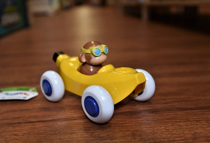19-1 yellow car
