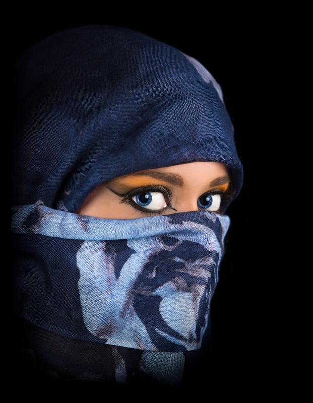 Arabian Blue-Eyes